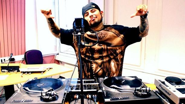 Juan Havana, como locutor y DJ de radio