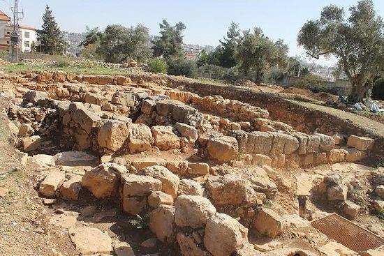 Posible descubrimiento de la tumba de San Esteban 3