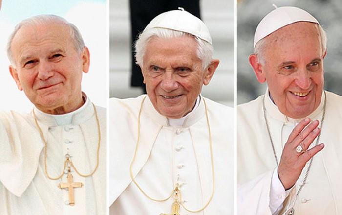 Resultado de imagen para papa benedicto xvi y papa francisco y juan pablo II